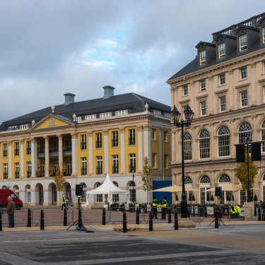 The Duchess of Cornwall Inn (right) and Strathmore House (left) facing Queen Mother Square.