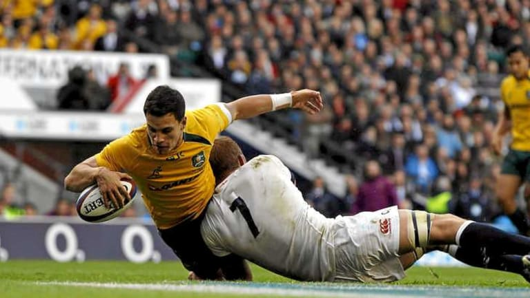 Toomua in action for the Wallabies against England