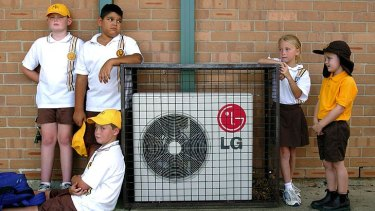 There are doubts the Queensland Government can meet its November 2019 promise to install air-conditioners in thousands of classrooms by first term 2020.