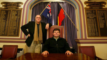Larry Hand and the creator of the <i>Rats in the Ranks</i> Bob Connelly inside the Leichhardt Council Chambers.
