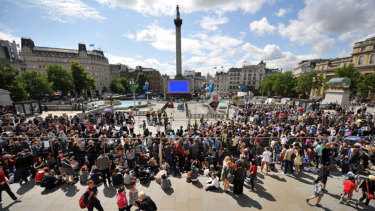 Could London's Trafalgar Square be a model for the broader Federation Square precinct?