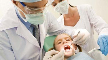 The average full-time dentist works fewer hours than other full-time workers.