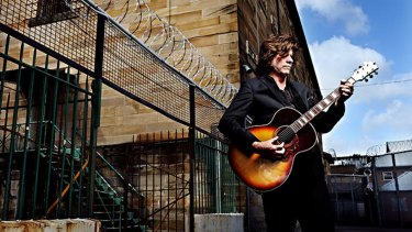Tex Perkins when he performed at Parramatta Jail.