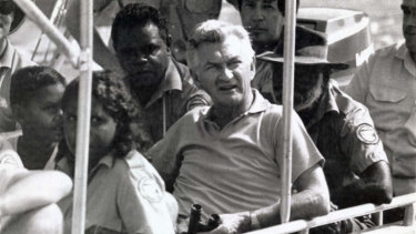 Bob Hawke with Kakadu National Park rangers in 1986.