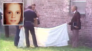 In 1984, police in Jacksonville, Florida, examine the remains of 10-year-old Tammy Welch (inset).