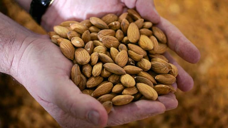 Almonds: tonnes of healthy goodness