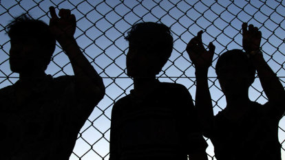 Asylum-seeker test case 'even more vital' after medevac repeal: lawyer