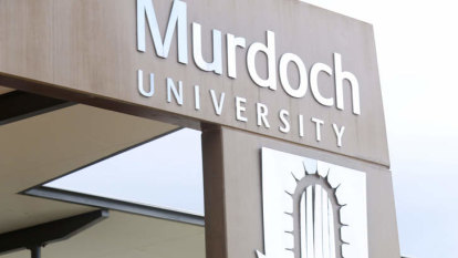 Murdoch University whistleblower continues in governing role after legal action dropped