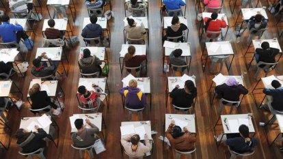 Year 12 students may have to study eight-week course before university