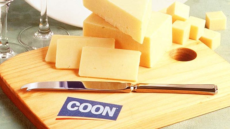 Coon cheese to dump name due to racist connotations