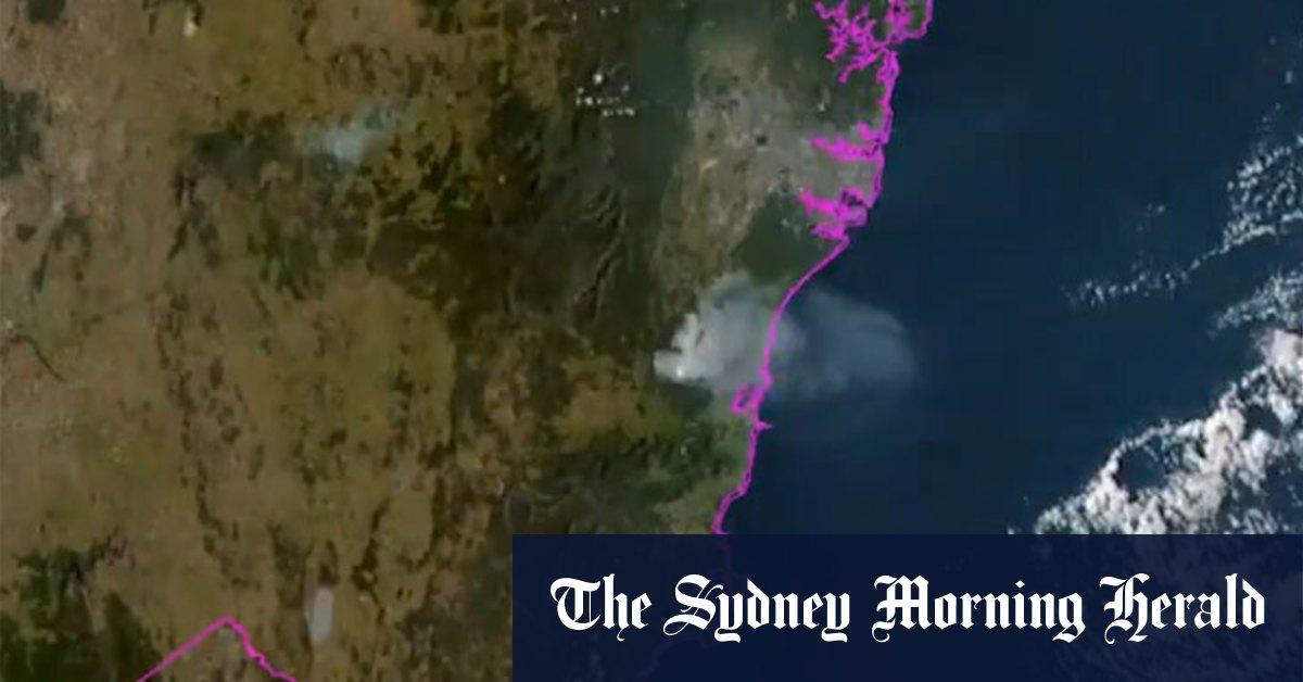 Sydney blanketed in smoke from hazard reduction burns – Sydney Morning Herald