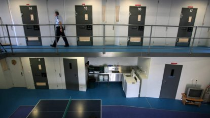 Buddhist inmate sues jailers to prove he's not a snitch