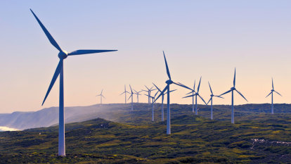 Spending on large-scale renewable energy in Australia plunges