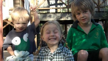 Mo, Evie and Otis died when flight MH17 was shot down over Ukraine.