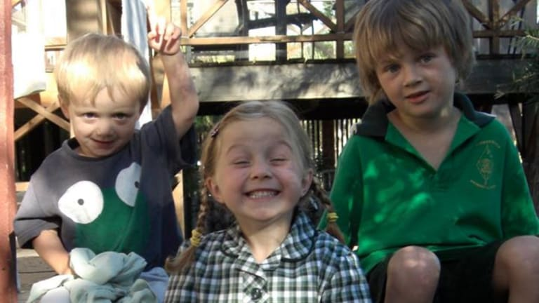 Mo, Evie and Otisdied when flight MH17 was shot down over Ukraine.
