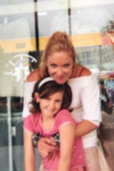 Missing woman Tina Greer with daughter Lili.