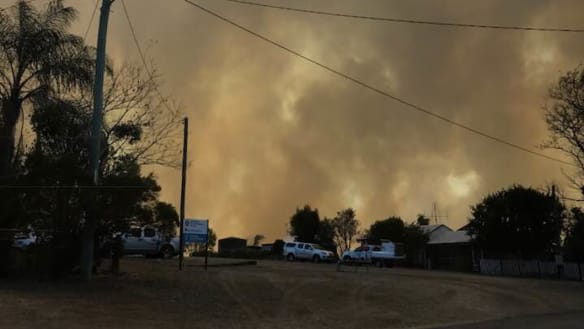 Queensland bushfires continue to burn