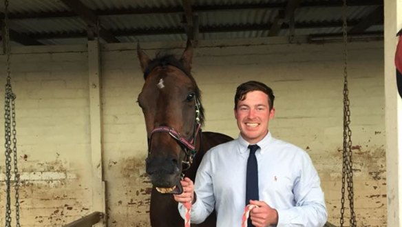 Queensland horse trainer faces more breaches, including jigger allegations