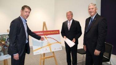 City of Cockburn chief executive Stephen Cain with former WA Premier Colin Barnett and City of Cockburn Mayor Logan Howett.