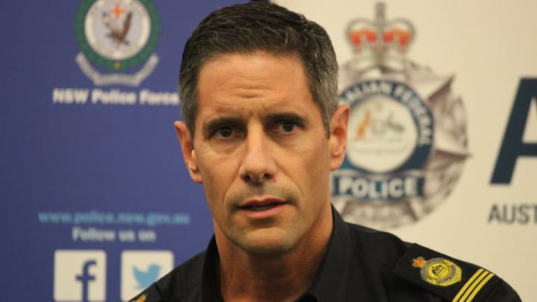 Former Border Force commissioner Roman Quaedvlieg  says US right-wing provocateur Mr McInnes should not be allowed into Australia