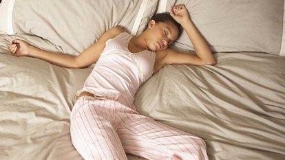 Sleepless nights in Brisbane as 'oppressive' temperatures hit city