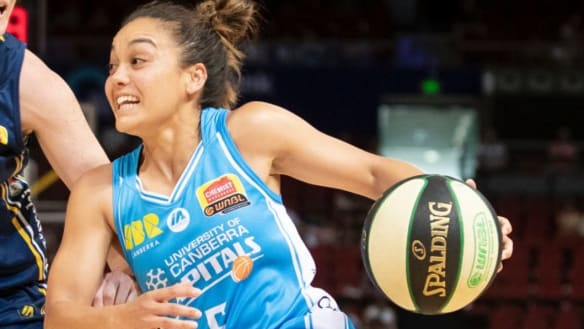 Leilani Mitchell weighs up WNBL future as Kelsey Griffin sets record