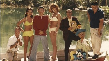 Cast of <I>Gilligan's Island</i> show how to escape lockdown.