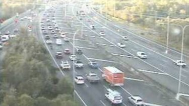 A south-facing traffic camera captures the delays on the Bruce Highway at Mango Hill just before 7am.