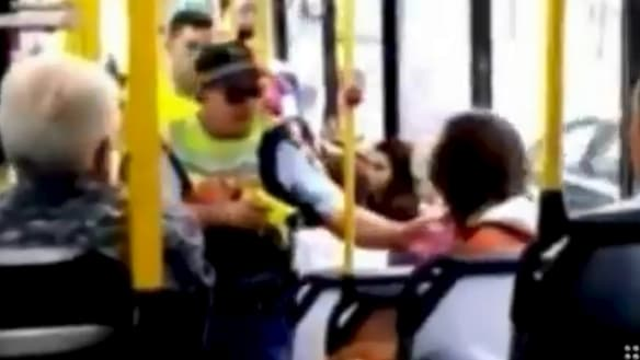 Police use Taser to arrest man on packed Sydney bus
