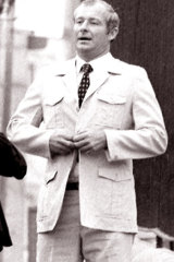 Bent NSW detective Roger Rogerson: Should have been jailed for the safari jacket.