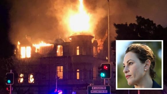 Trad calls for Broadway Hotel's full restoration after suspicious fire