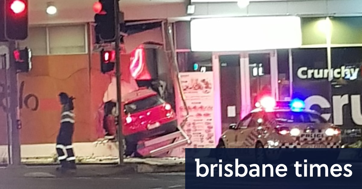 Sushi Store Counting Costs After Car Ploughs Through Wall And Driver Flees Στο tripadvisor θα βρείτε κριτικές από ταξιδιώτες και φωτογραφίες για τα καλύτερα εστιατόρια (indooroopilly lodge and motel, αυστραλία). car ploughs through wall and driver flees