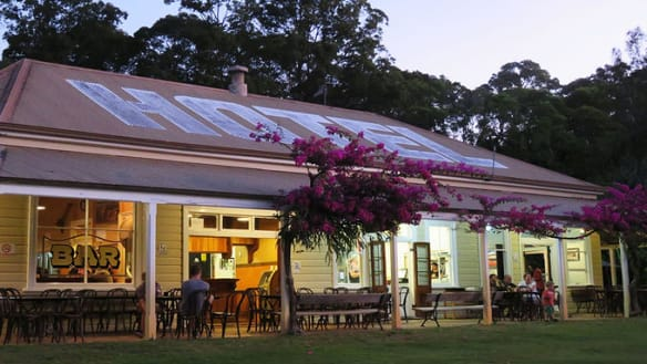 Country pubs in south-east Queensland for Sunday lunch