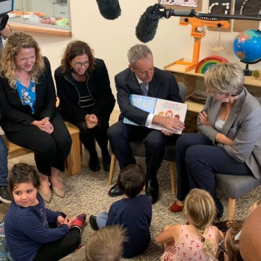Boothby candidate Nadia Clancy and Opposition Leader Bill Shorten at a childcare centre in Adelaide.
