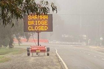 The Barmah Bridge was closed on Wednesday night.