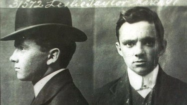 A police mugshot of Leslie 'Squizzy' Taylor.