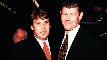 The old friendship between David Gyngell and James Packer turned to violence at Bondi Beach.