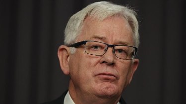 Former federal MP Andrew Robb experienced a black mood in the mornings from the age of 12.