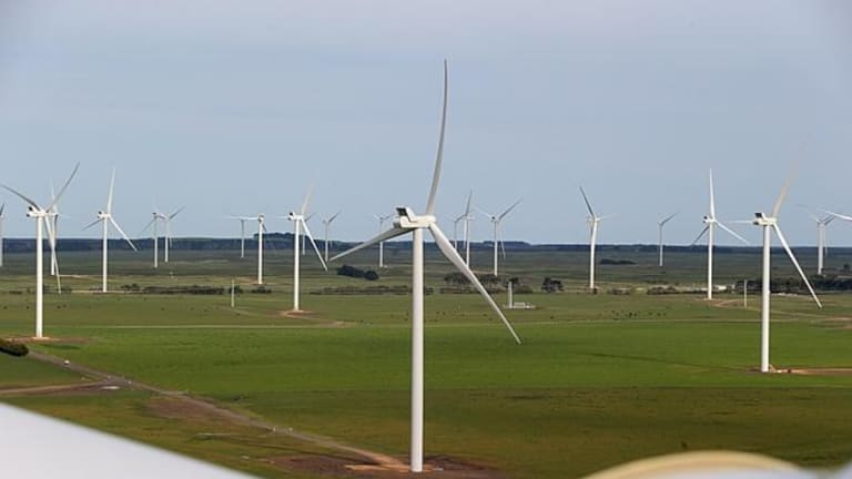 The Macarthur Wind Farm in Victoria is the largest wind farm in  Australia.