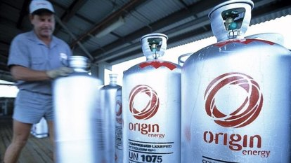 Origin Energy hit with $80,000 fine after cutting power from 54 homes
