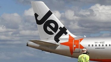 Jetstar pilots will walk off the job for four hours on Saturday and Sunday.