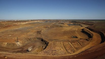 Plot thickens after Palmer's Mineralogy kicked off Pilbara tenement for 'squatting'