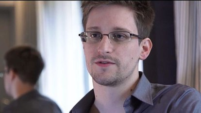 Canada takes refugee who helped shelter Snowden in Hong Kong