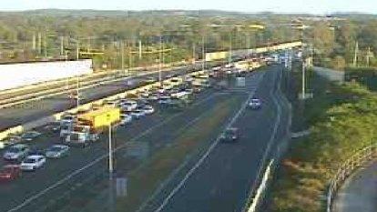 Man dies after crash, major M1 southbound delays drag on