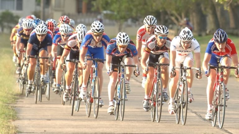 Geraint Thomas (far right) racing in Sydney back in 2006.
