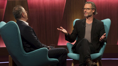 Andrew Denton speechless as Guy Pearce says Kevin Spacey was 'handsy'