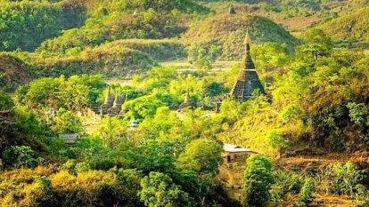 Rebels dressed as soccer players abduct bus passengers in Myanmar