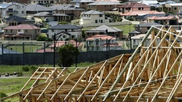 Sydney and Melbourne house prices have fallen back to 2016 levels amid signs the decline in the property market is now nationwide.