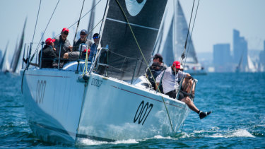 Extasea, skippered by Paul Buchholz, sails away for Melbourne along the bay.