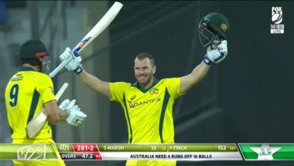 Finch and Khawaja dominate as Australia cruise past Pakistan